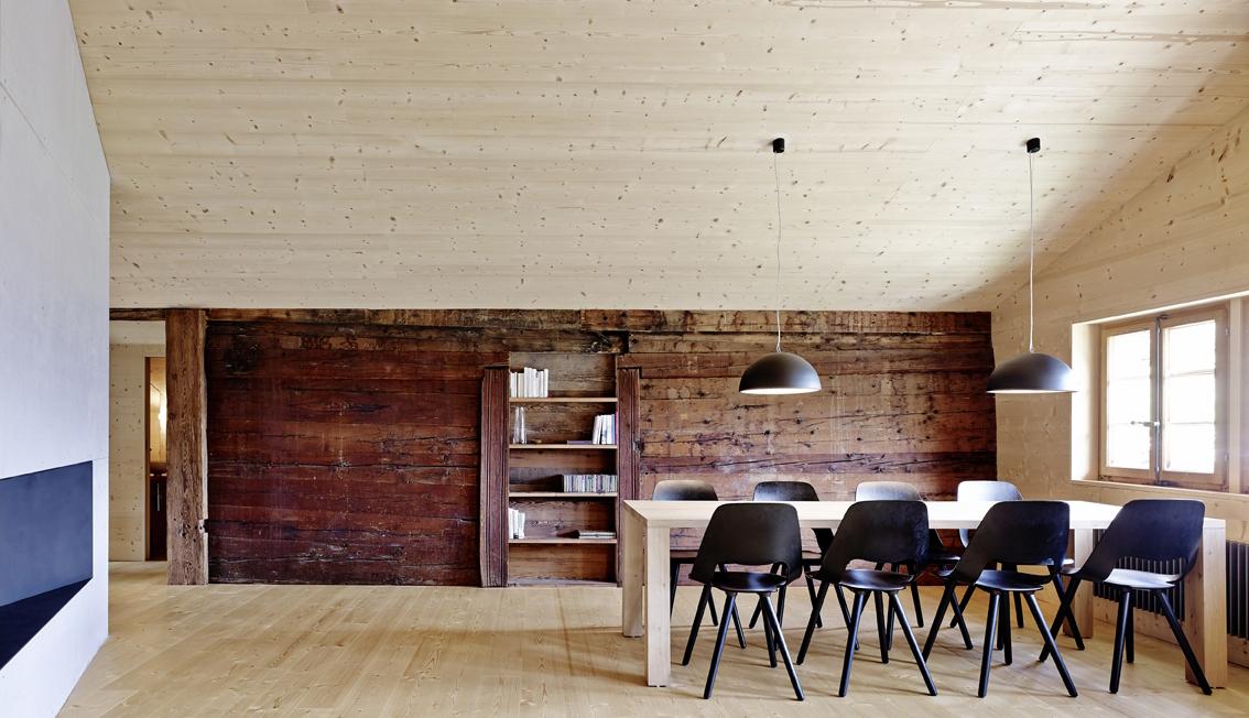Einmal neu bitte ein holzhaus im wallis holz ist genial holz ist genial - Architekt bauernhaus ...